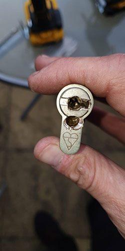 broken-door-lock